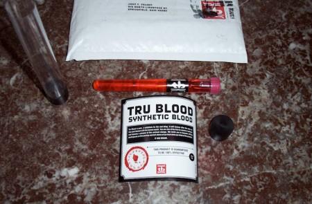 il contenuto del teaser inviato ai blogger e ai giornalisti per il lancio di True Blood