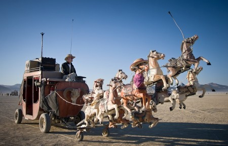 Carrozza mutante al Festival Burning Man 2011, Black Rock Desert, Nevada
