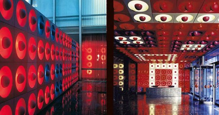 VERNER PANTON Spiegel Publishing House - Entrance and Courtyard