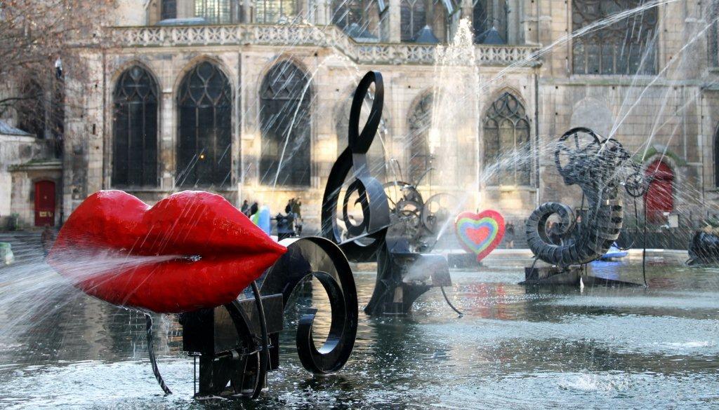 La Fontana Stravinskij a Parigi realizzata da Niki de Saint Phalle e Jean Tanguely - Carefully selected by Gorgonia www.gorgonia.it