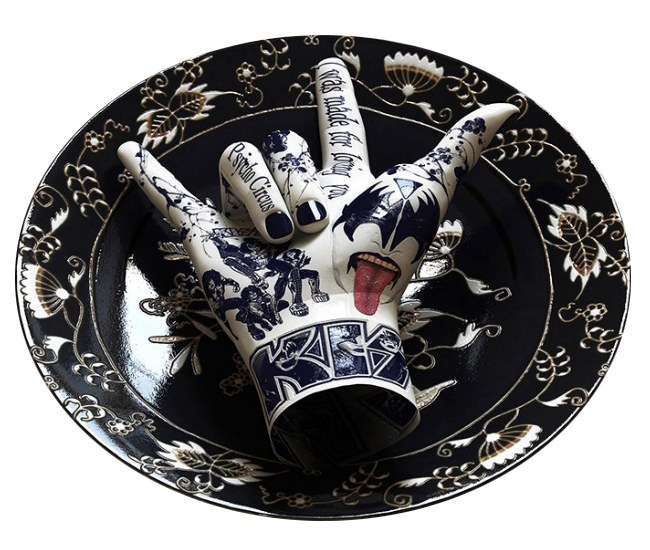 "Ceramic hands of the ""rockers"" series by corean artist Kim Joon - Carefully selected by Gorgonia www.gorgonia.it"